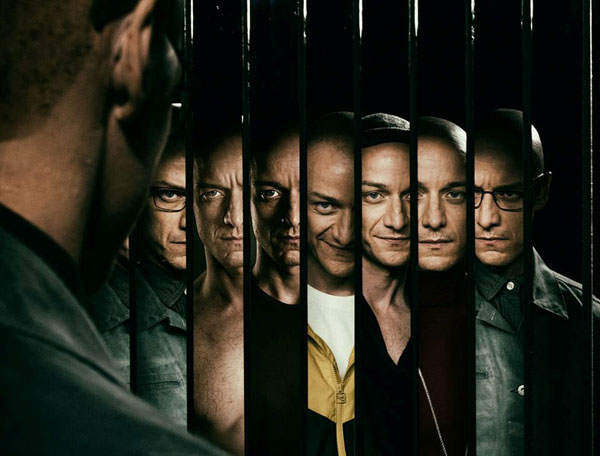 Split : จิตหลุดโลก [2016] - James McAvoy กับคาแรคเตอร์ที่แตกต่าง
