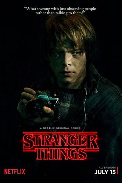 Stranger Things - Jonathan Byers (รับบทโดย Charlie Heaton)