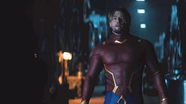 Titans S2 - Garth / Aqualad (รับบทโดย Drew Van Acker)