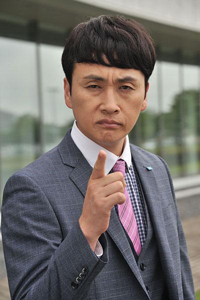 Kojima Kazuya รับบทเป็น Fukuzoe Jun