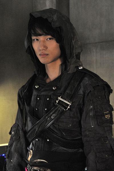 Nakagawa Daisuke รับบทเป็น Jin
