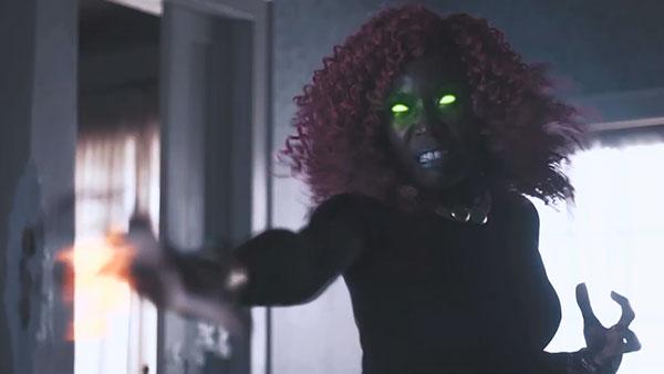 Titans S2 - Kory Andres / Starfire (รับบทโดย Anna Pop)